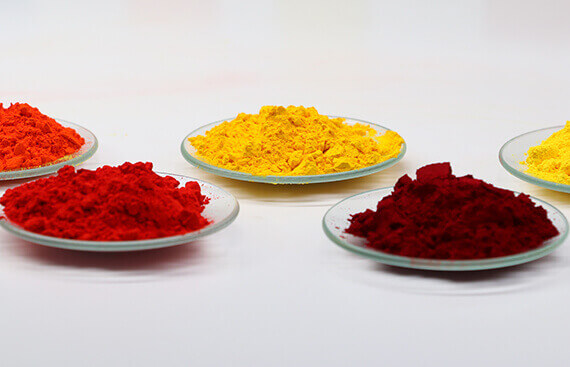 Pigment for plastic pigment yellow